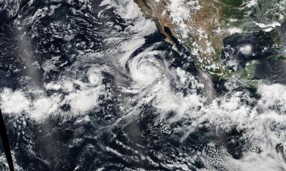 Tormenta tropical Lowell, Karina y Marie. NASA. Agosto 2014.